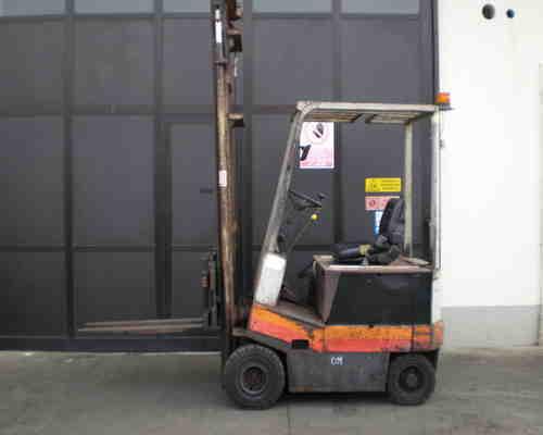 riparazione carrelli elevatori Pisa
