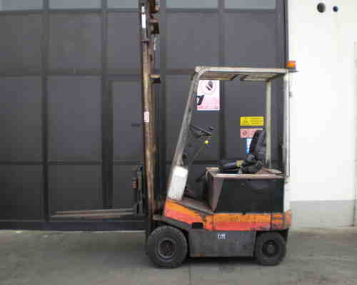 ricambi carrelli elevatori Pisa