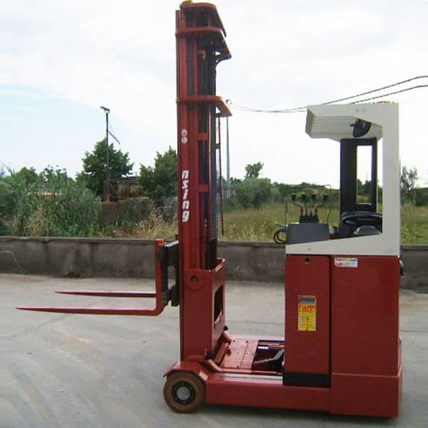 vendita carrelli elevatori usati Pisa